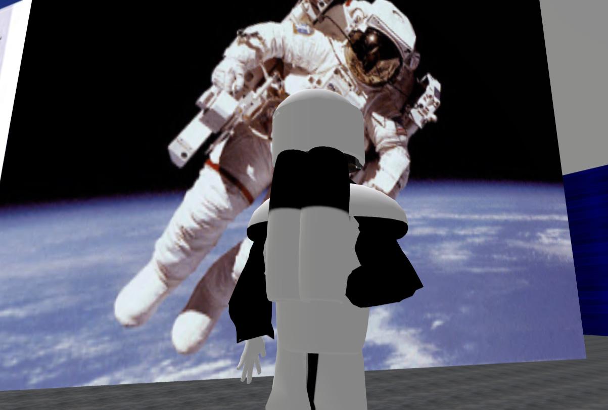 Nach erfolgter Astronautenausbildung erhält der Besucher einen eigenen Raumanzug.